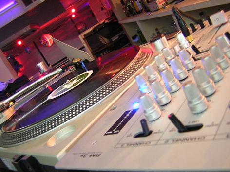 Científicos comprueban que la música de hoy es cada vez más aburrida