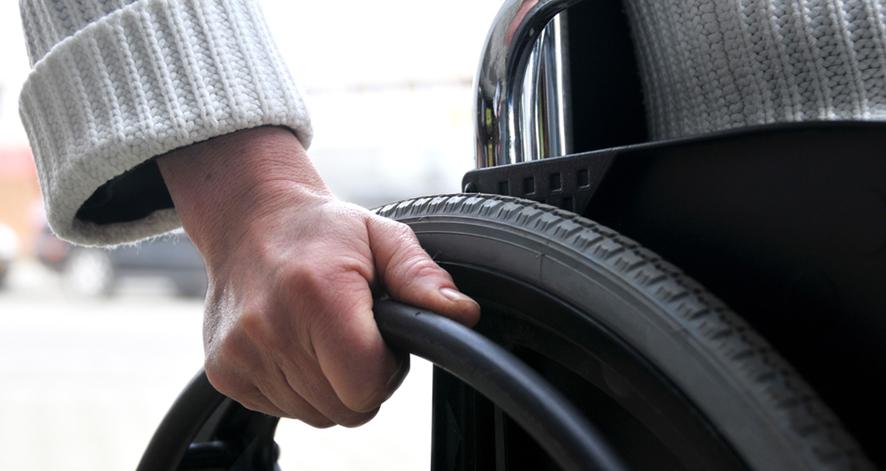 El trato de las obras para las personas con discapacidad
