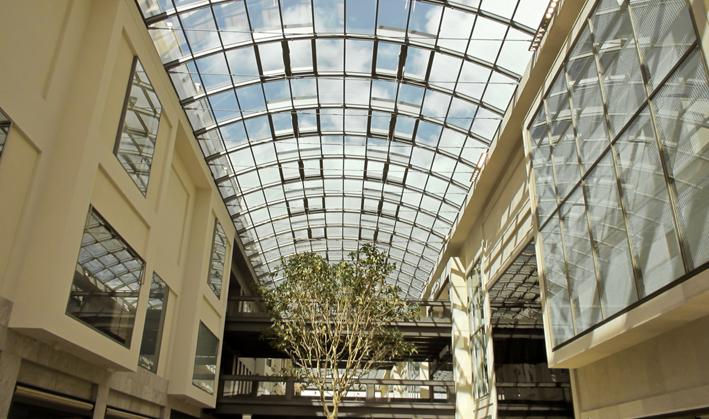 Centros comerciales, marcas por doquier