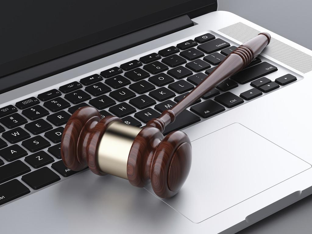 Buscan operadores jurídicos artificiales para proteger derechos de autor en la web