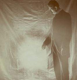 Nikola Tesla se apropia del Cenart