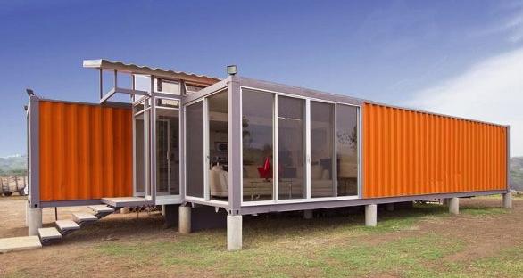 Diseñan casas en cajas de tráileres
