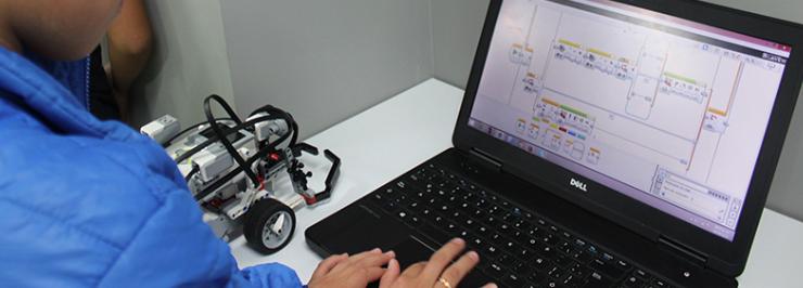 Destaca talento infantil en robótica