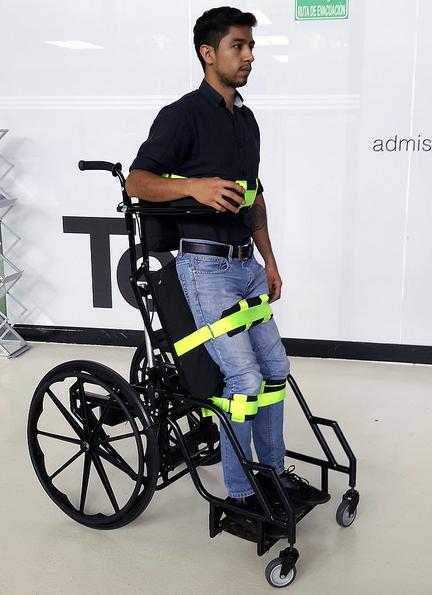 Mexicanos dise an silla de ruedas que previene llagas en for Sillas para discapacitados