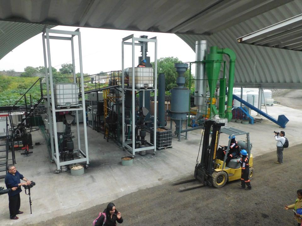 16nov06-antimio-cb-06-gasificadora-f-oto-1-tres-plantas-de-gasificacion