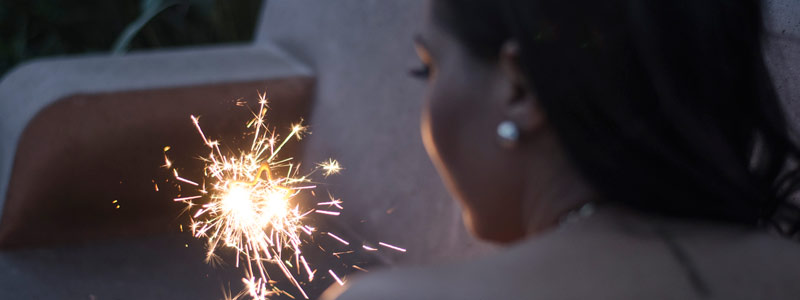 Patentan artificio pirotécnico chispeante