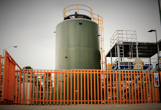 """Crean ingenieros mexicanos un """"laboratorio viviente"""" que con desechos orgánicos produce biogás y electricidad"""