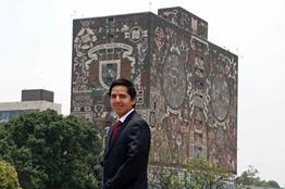 Alumno de la UNAM desarrolla sistema para gastar sólo 10 litros de agua en la ducha