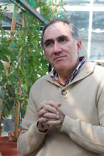 Con alta tecnología transforman hongos para obtener compuestos de uso industrial