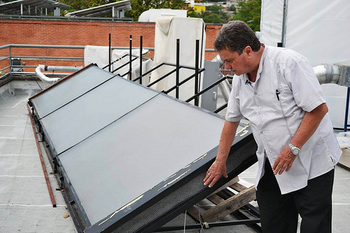 Transforman invernaderos en secadores solares de alimentos