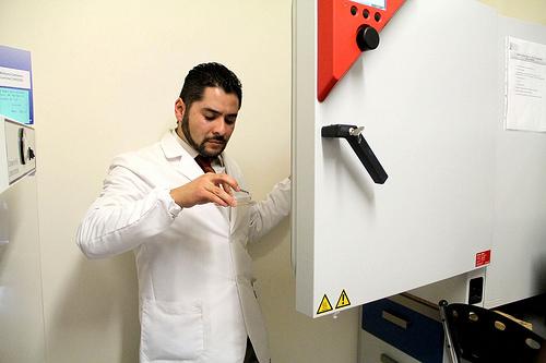 Innova UNAM material dental de nanopartículas con actividad antimicrobiana y antifúngica