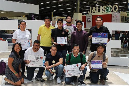 Destaca robot humanoide diseñado en Oaxaca en tres desafíos de competencia nacional