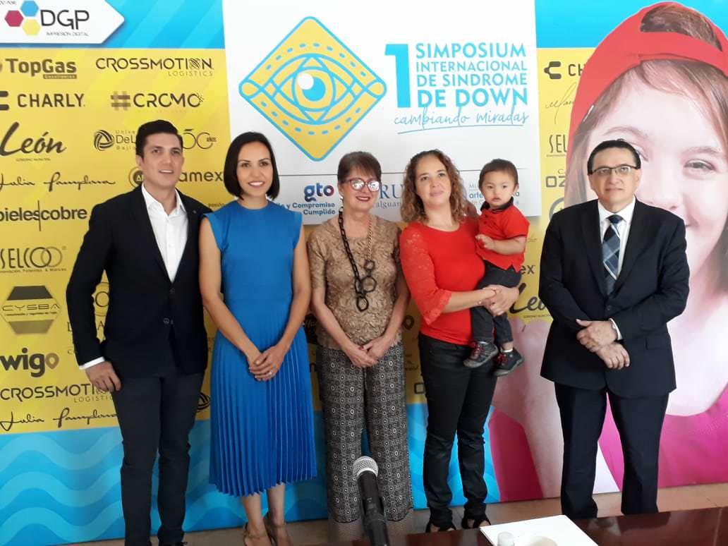 """1er Simposium Internacional de Síndrome de Down, """"Cambiando Miradas""""."""