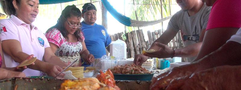 De Yucatán para el mundo: cochinita pibil lista para comerse