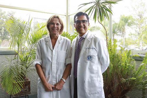 Corroboran científicos mexicanos que la inulina de agave mejora las complicaciones por cirrosis hepática
