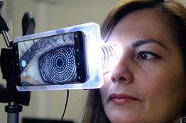 Desarrollan en la UNAM dispositivo compacto para diagnóstico de problemas oculares