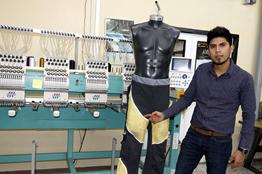 Confecciona IPN pantalón especial para personas con paraplejia