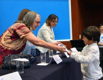 Entrega de premio UNAM